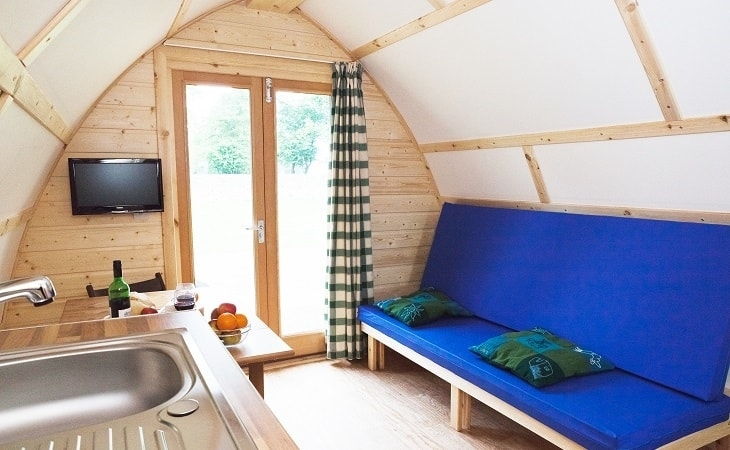 Chawton Park Farm Wigwams Running Water Deluxe Internal Door Facing
